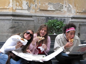 naples-pizza-trio