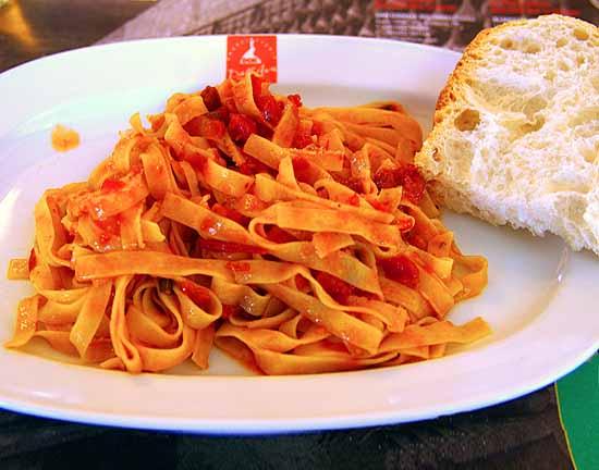 San Daniele pasta with tomato and prosciutto