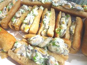 Mussel rolls