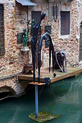 a-Treviso sculture little Venice