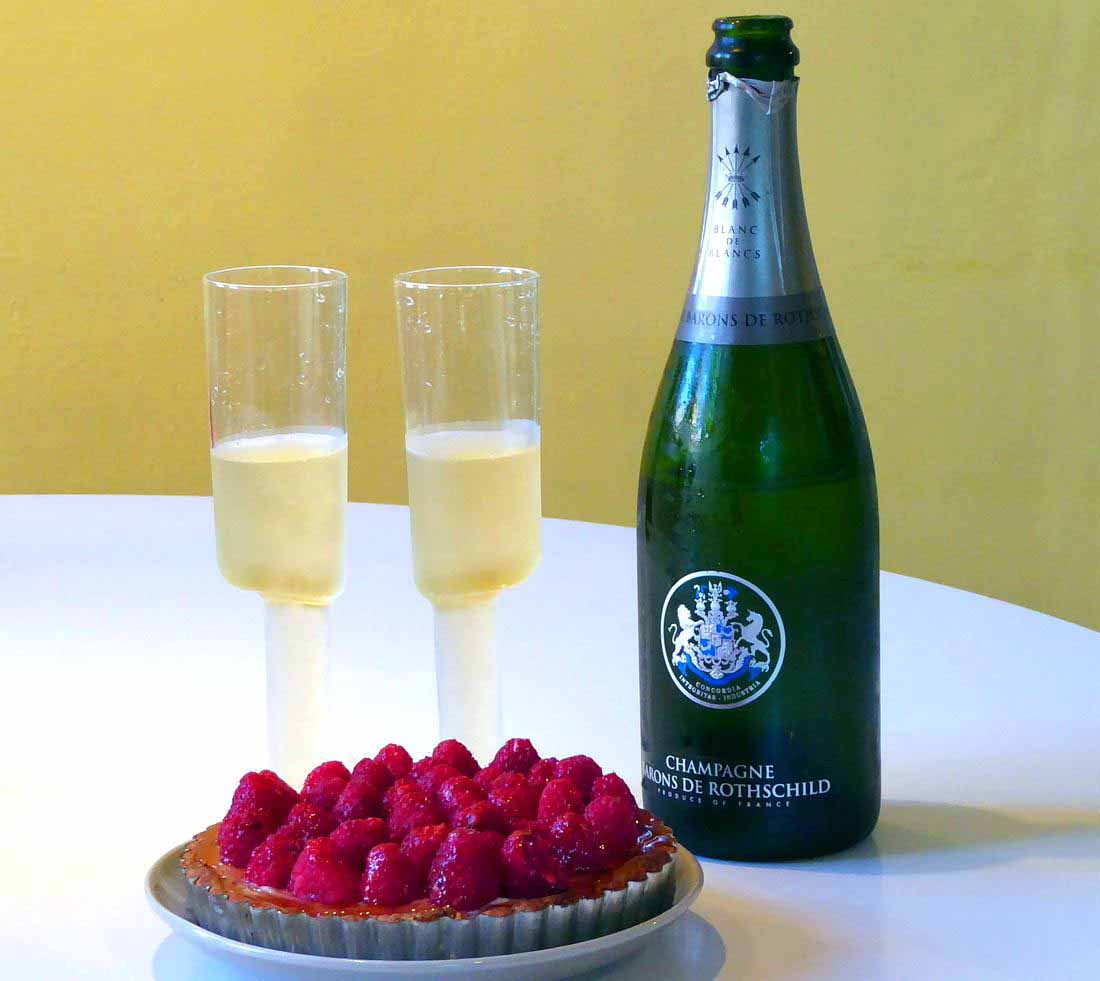 Barons de Rothschild blanc de blancs with raspberry tart