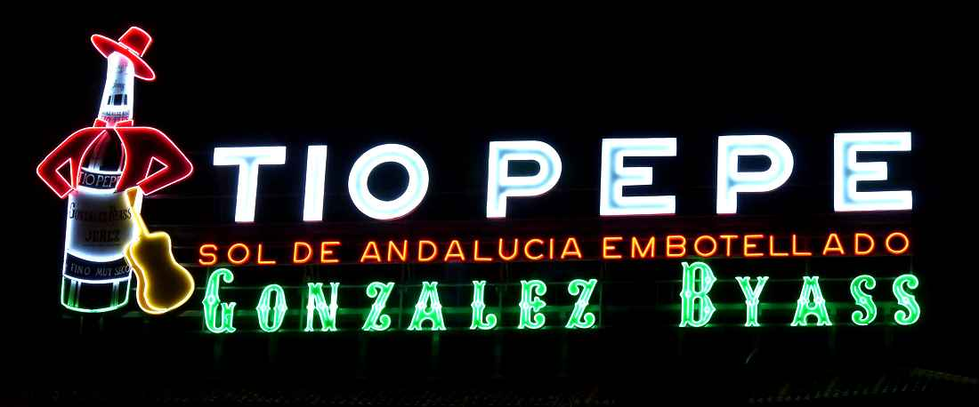 Tio Pepe sherry sign in Puerta del Sol