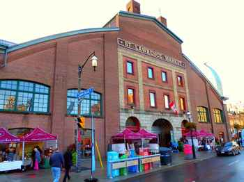 exterior of St. Lawrence Market in Toronto