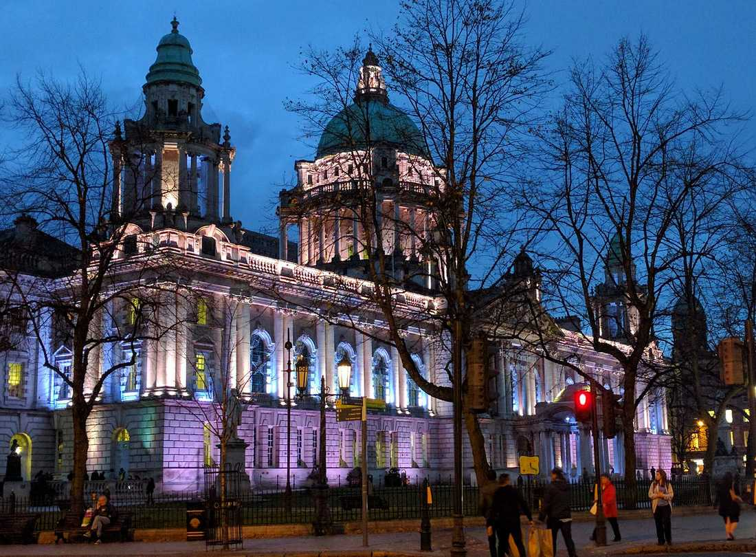 Belfast City Hall at holidays