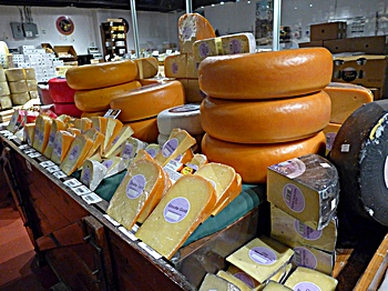 cheese at SId Wainer at the holidays