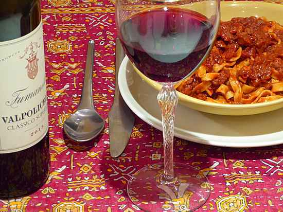 Valpolicella with chocolate-spiked ragù