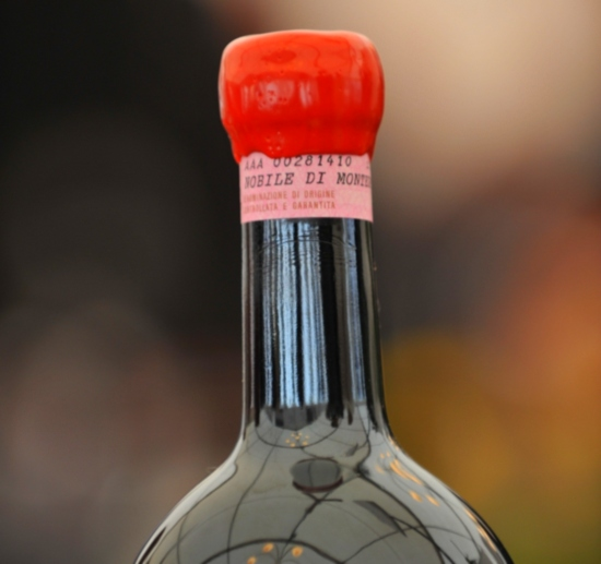bottle top of Vino Nobile di Montepulciano