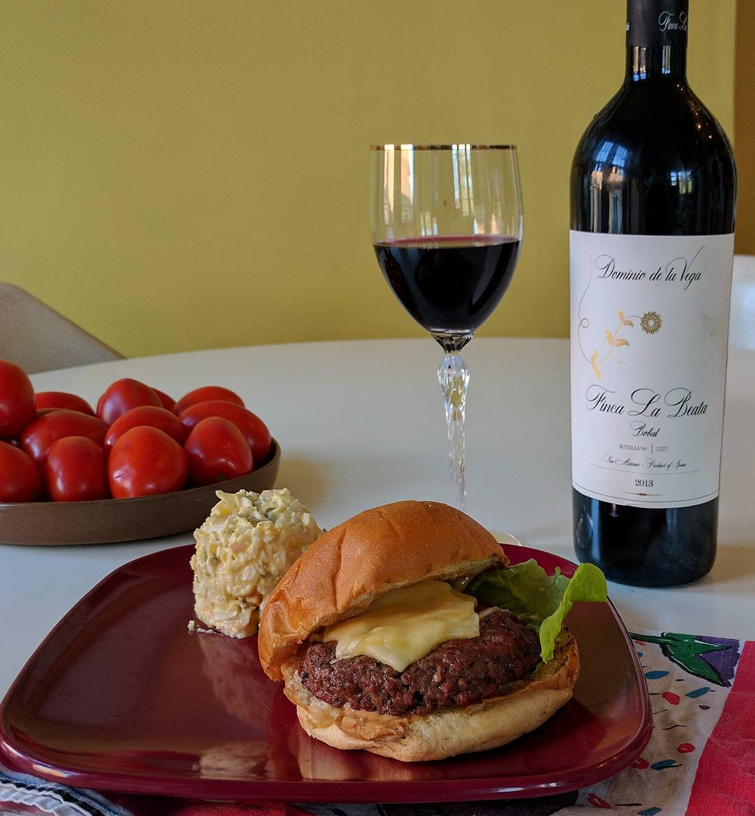 Finca la Beata Bobal with oxtail burger