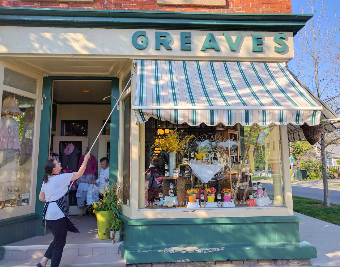 Greaves storefront in Niagara-on-the-Lake