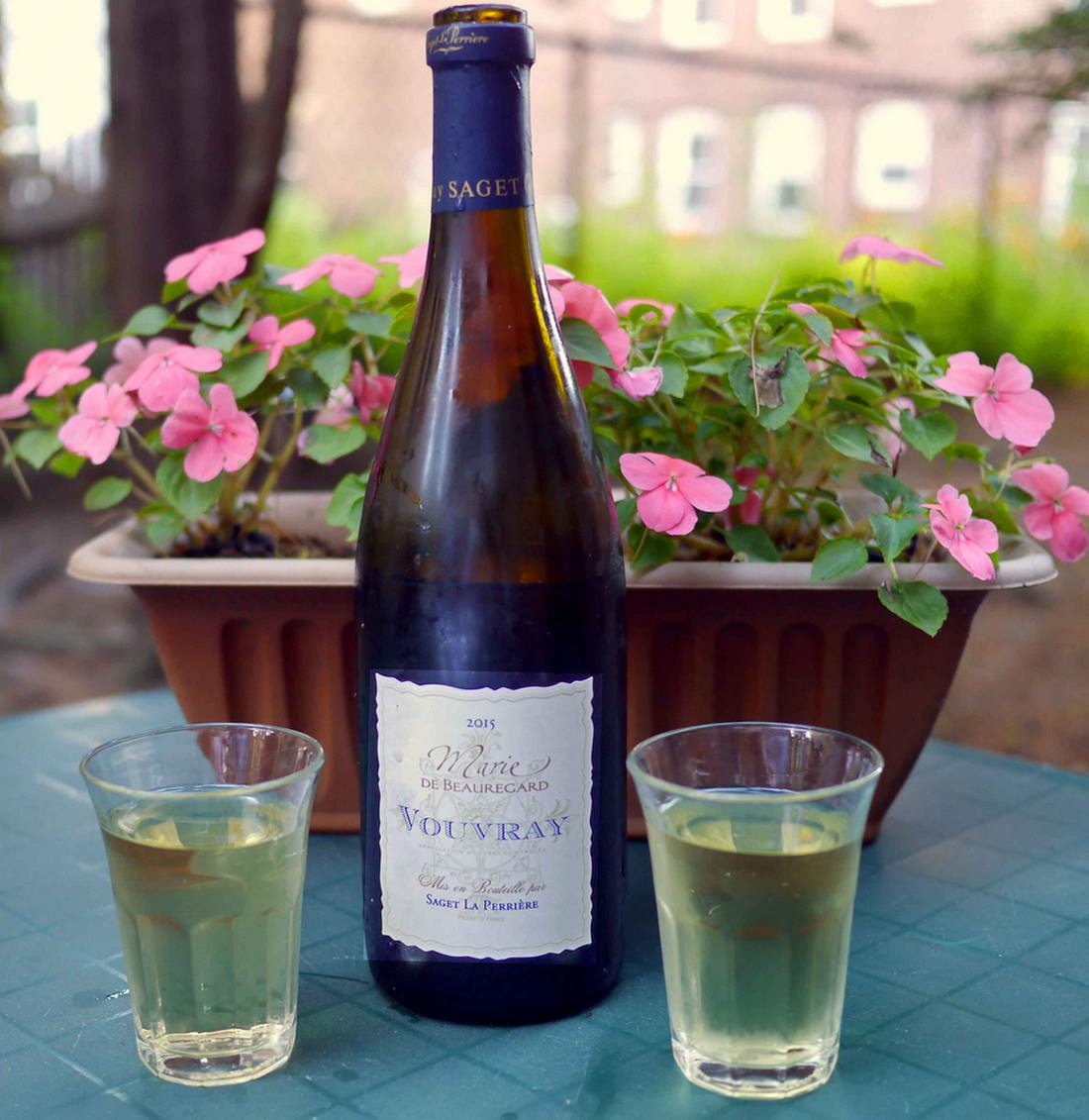 Marie de Beauregard Vouvray at backyard picnic
