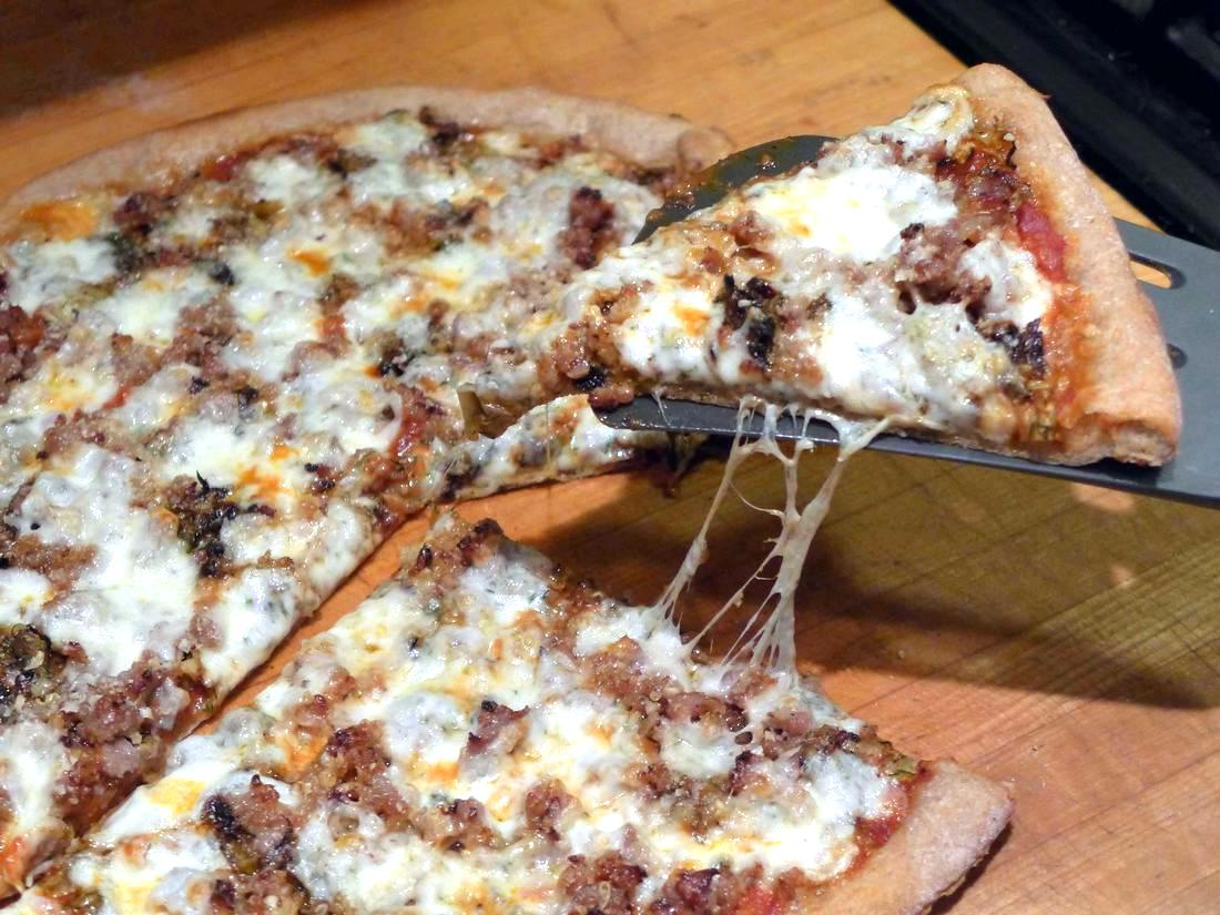 fennel and sausage pizza for Chateauneuf-du-Pape