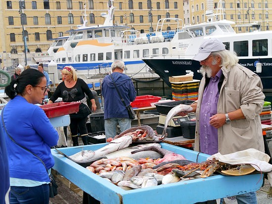 The fish market at the Quai des Belges in Marseille