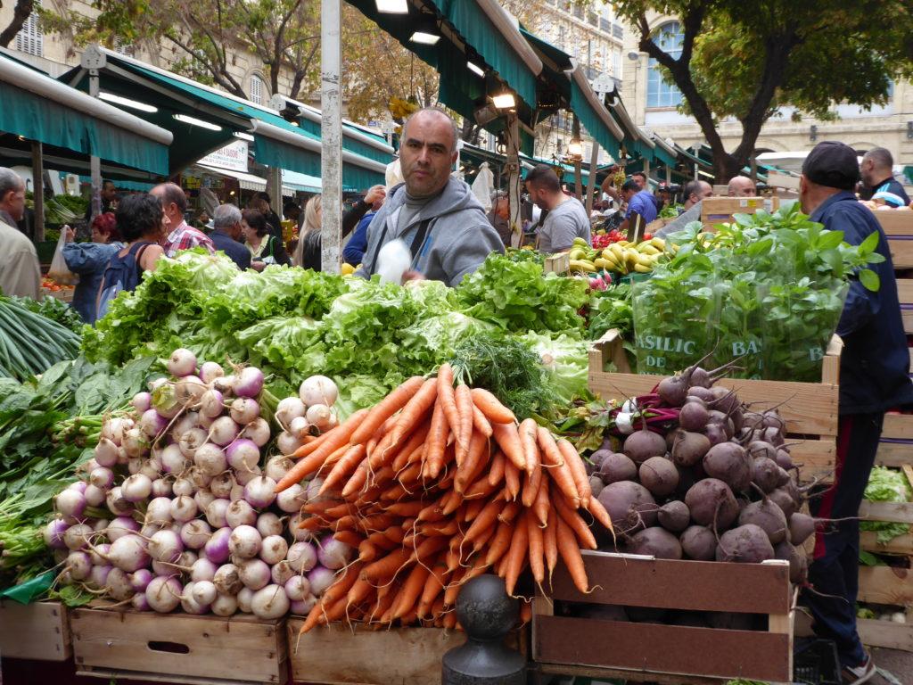 Mon-Sat food market in North African Marseille