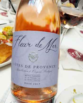 winemaker presents Fleurs de Mer