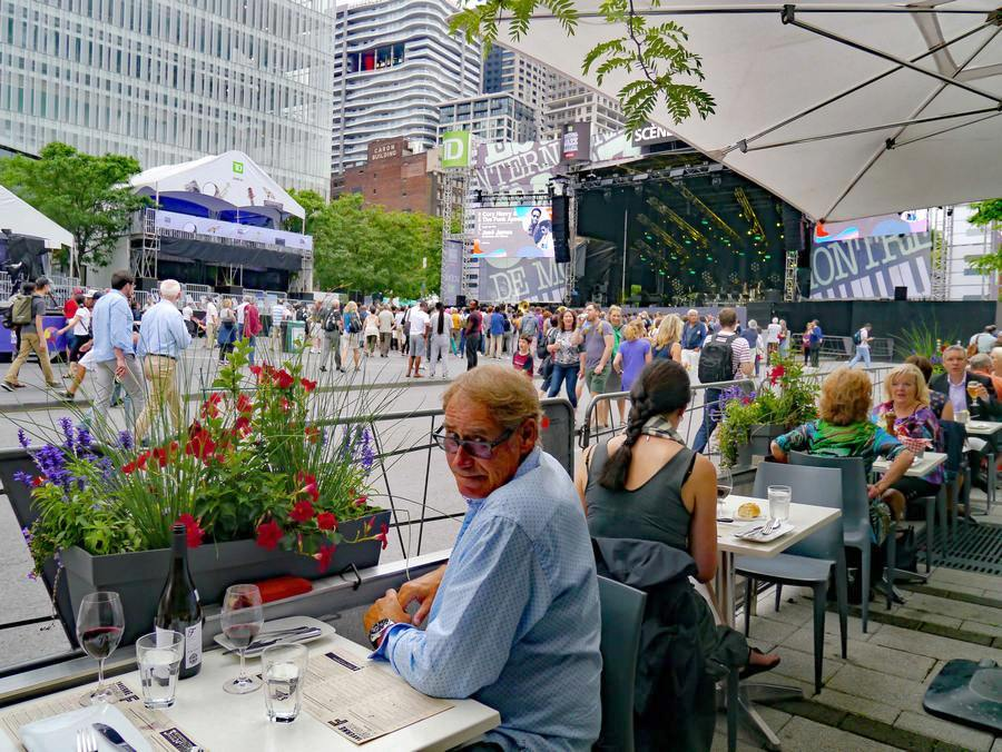 Get front-row seats at Taverne F and Brasserie T!