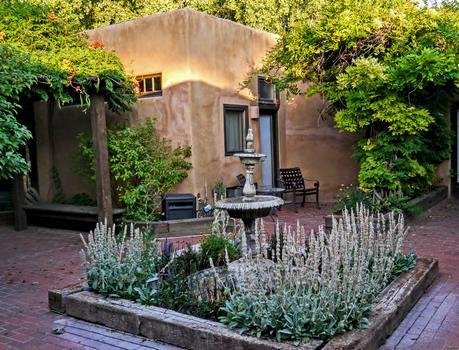 Abiquiu Inn  casita courtyard