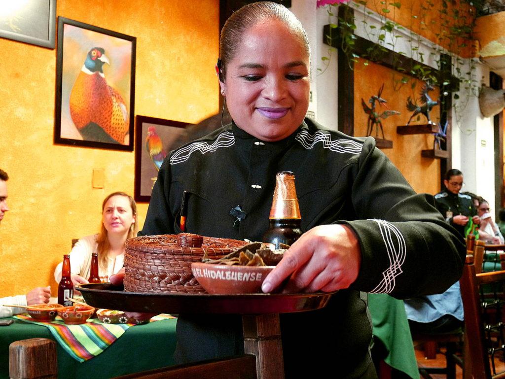 El Hidalguense brings real pit barbecue to Mexico City