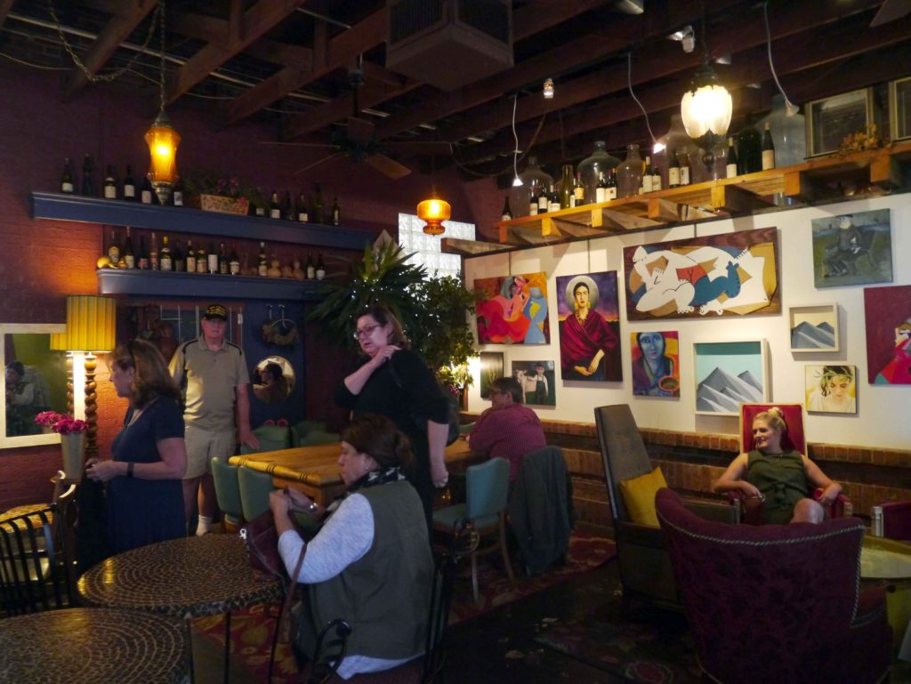 Stylish La Diosa Cellars blends wine, tapas, and music